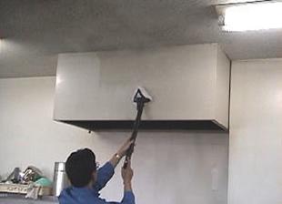 壁面やフードの脱脂洗浄事例